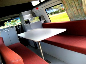 camperjourney_campervan_rentals_hi_top_8